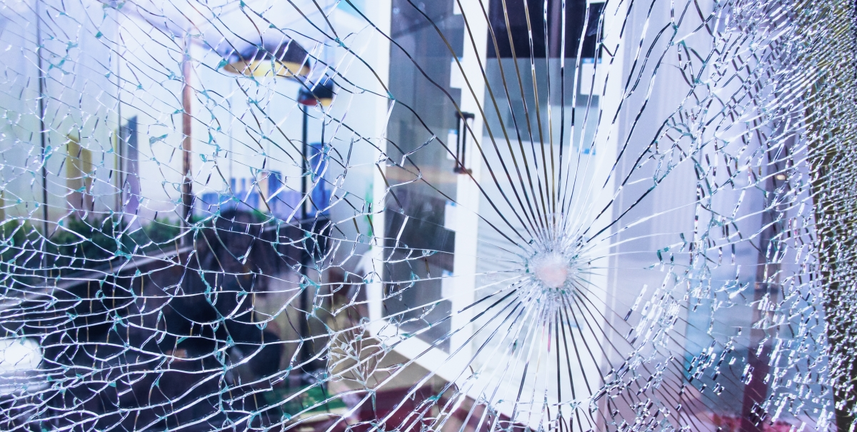should-you-secure-your-business-with-bulletproof-glass-film-spectra-light-window-films